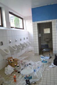 Renovierung der Toilette Hauptgebäude